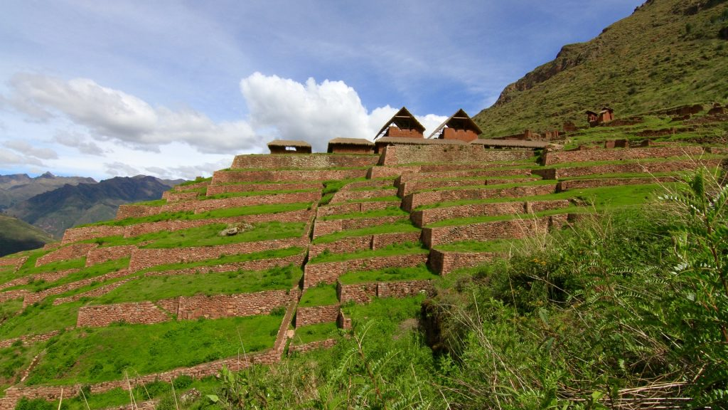 FEATURE HIKE TO HUCHUY QOSCO OR LITTLE CUSCO FD 1024x576 - 8-DAY TOUR INCA TRAIL TO MACHU PICCHU, CUSCO & SACRED VALLEY