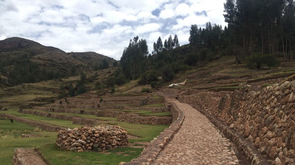 FEATURE HIKING AND BIRDING TO CHACAN RAINBOW TEMPLE FD 1024x576 - THE GREAT 1-DAY ADVENTURE IN THE BLACK CANYON OF THE APURIMAC RIVER