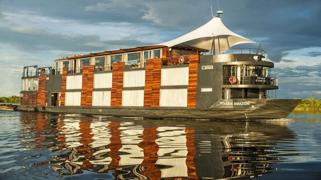 FEATURED ARIA AMAZON LUXURY CRUISE 1024x576 - 4 DAYS REFUGIO AMAZONAS LODGE IN TAMBOPATA