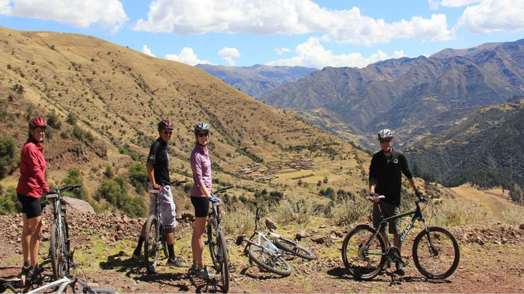 FEATURED DEEP MULTISPORT WITH MACHU PICCHU 1024x576 - Tour Full-day Rainbow Mountain Vinicunca and Red Valley Cusco