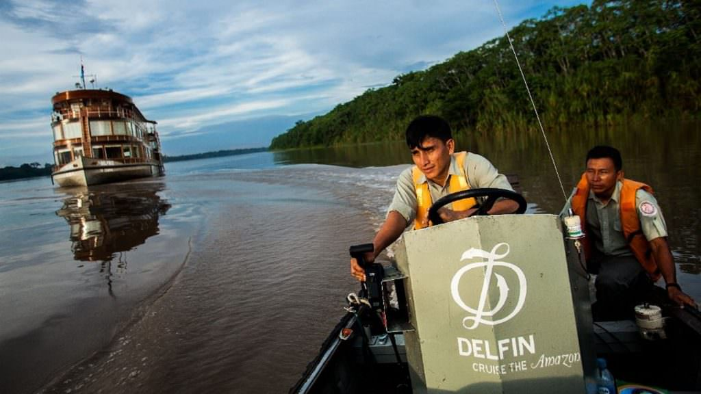 FEATURED EL DELFIN CRUISE 1024x576 - ALBERGUE REFUGIO AMAZONAS -4 DÍAS