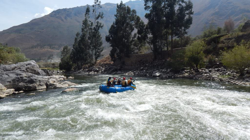 FEATURED RAFTING IN OLLANTAYTAMBO SECTION 3 1024x576 - RAFTING EL GRAN CAÑÓN DEL APURIMAC