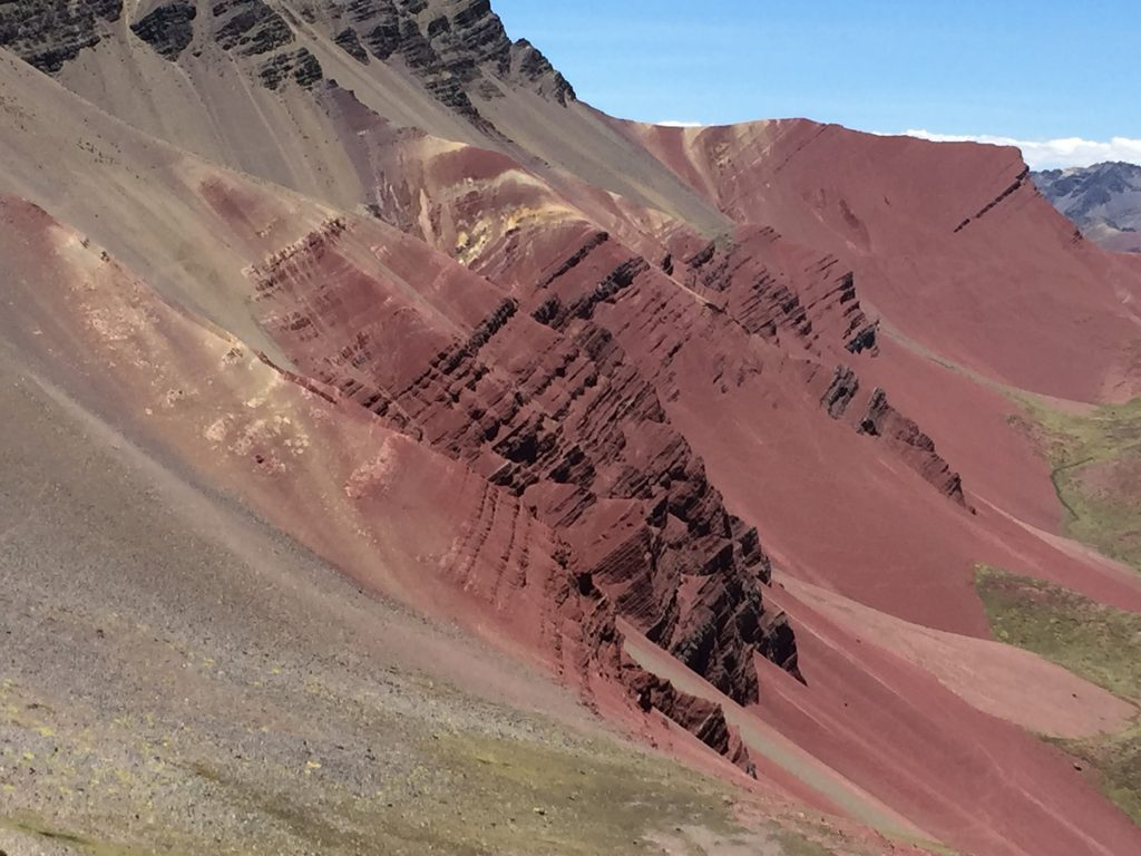 Rainbow Mountain Vinicunca Red Valley-descripcio