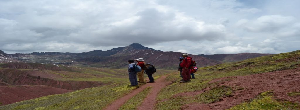 1-DAY VINICUNCA AND RED VALLEY
